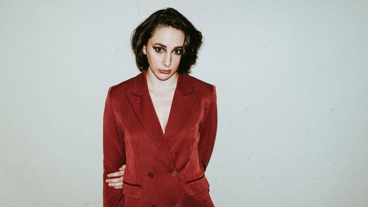 FRESH FACE - Lauren Patten - 12/19 - Emilio Madrid