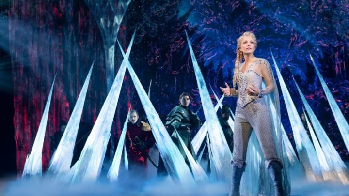 Caroline-Bowman-Elsa-and-the-Company-of-Frozen-North-American-Tour-photo-by-Deen-van-Meer-800x508